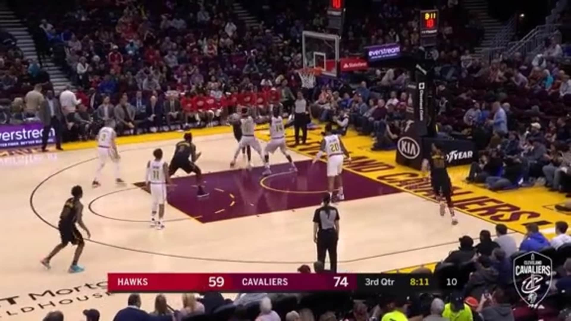 Cedi Makes Tough Pass to Drummond for Two