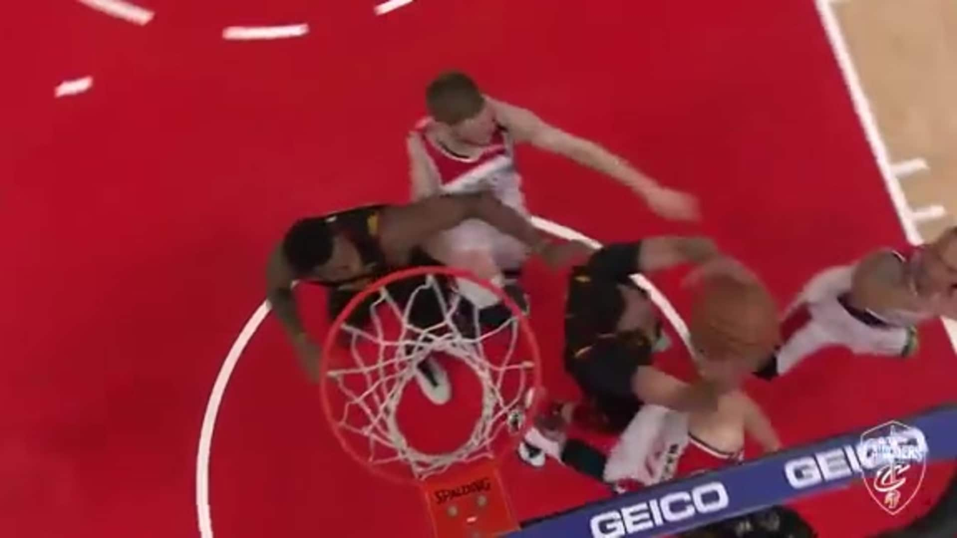 Nance's Strong Rebound Leads to Dunk in Traffic