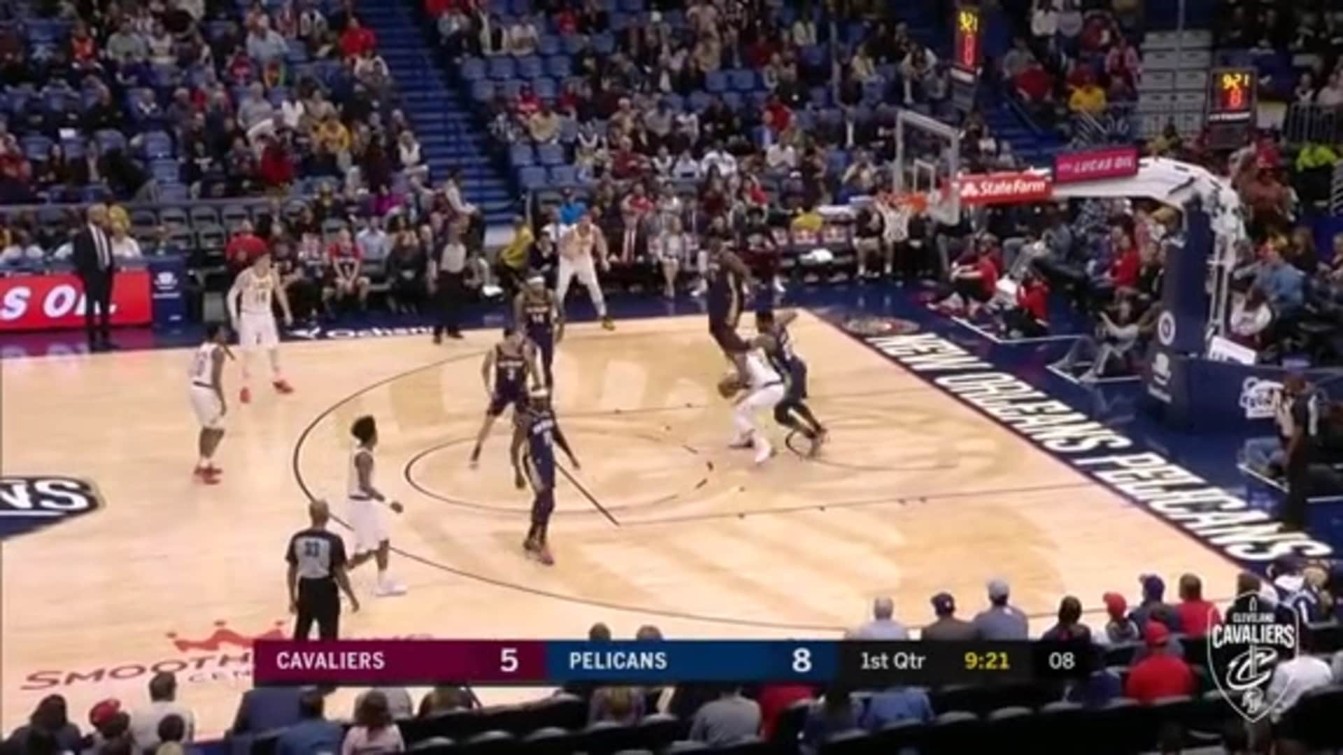 Thompson Gets Inside, Spins, and Scores