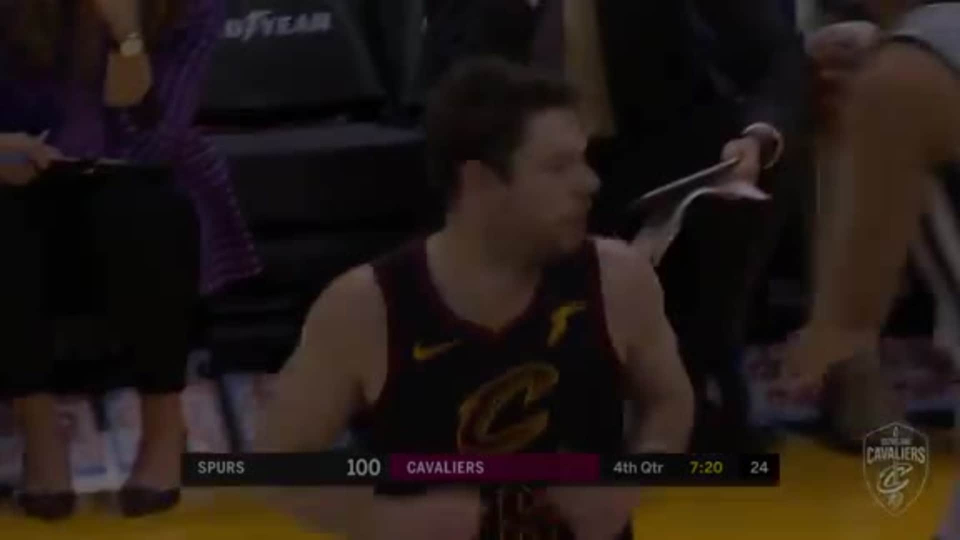 Delly Ties Game Up with a Three Ball