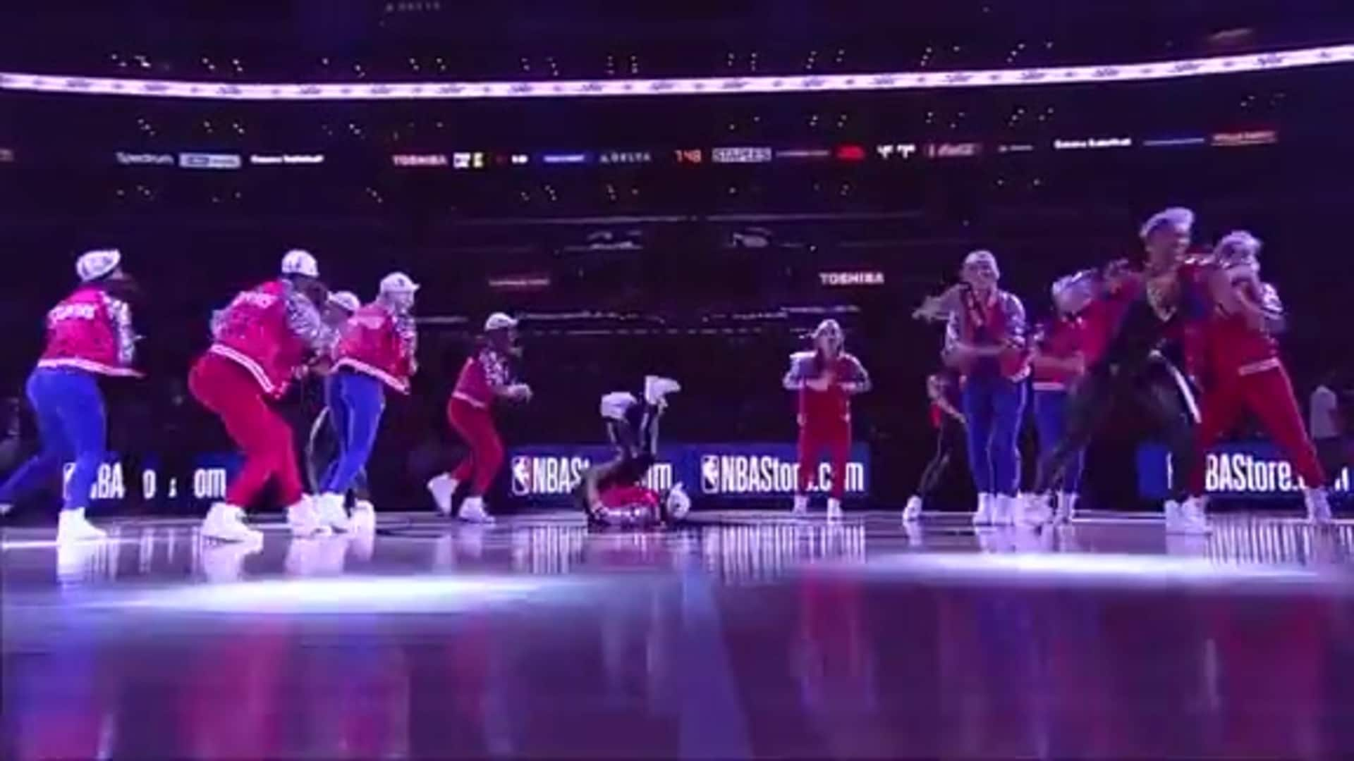 80s Night | Clippers Spirit Performance (12.03.19)