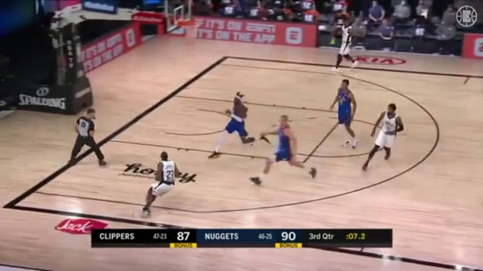 Paul George Finds Lou Williams in Transition for a Three   (08.12.20)