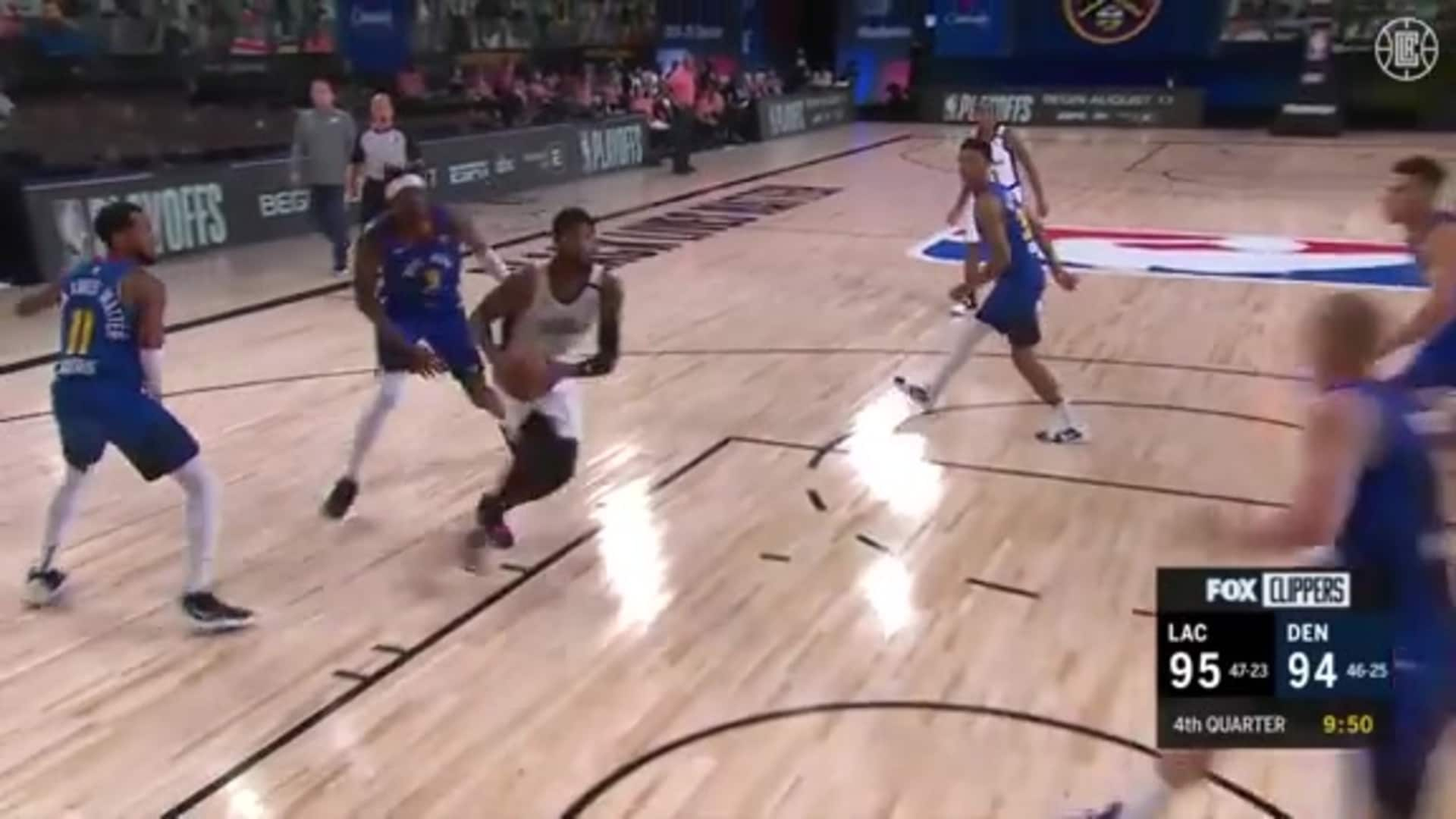 Lou Williams Hands Off Ball to Paul George for the Jam   (08.12.20)