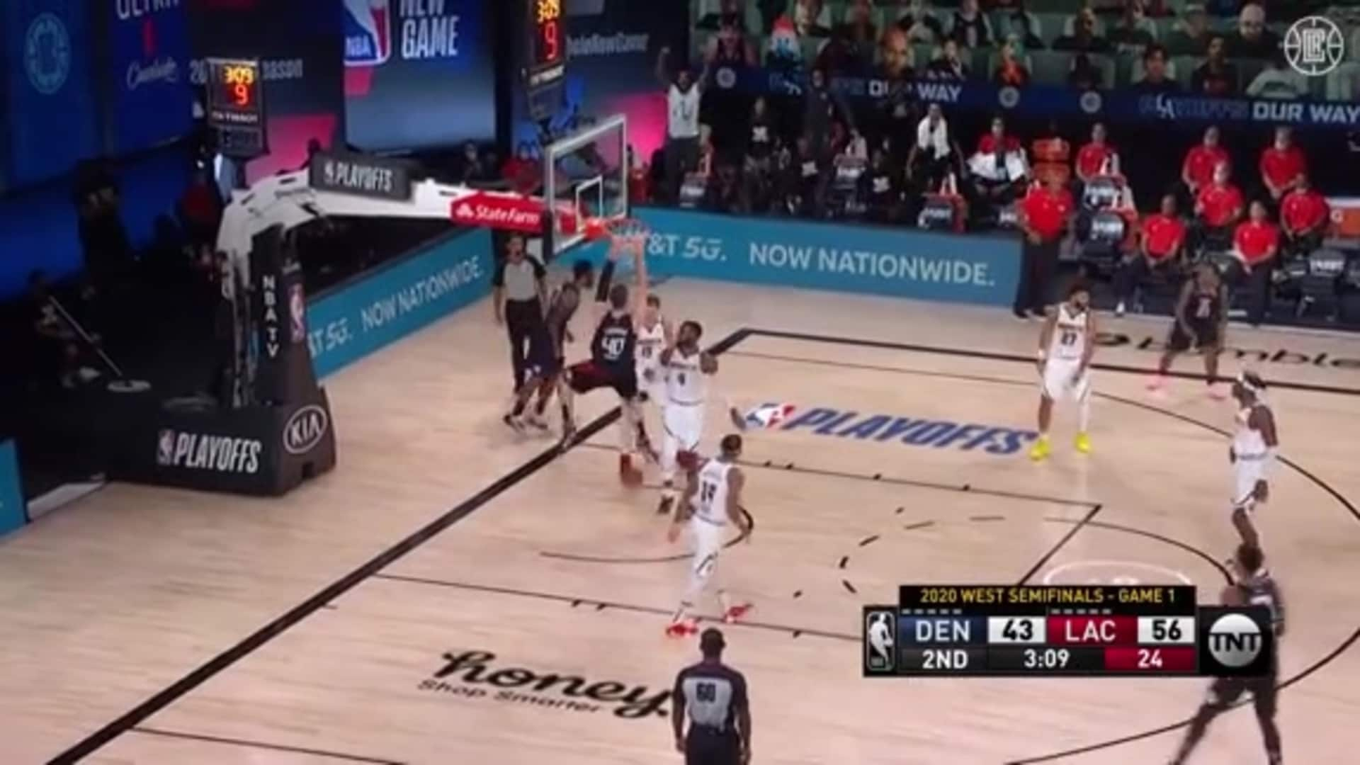 Ivica Zubac Scores on a Pair of Dunks | (09.03.20)