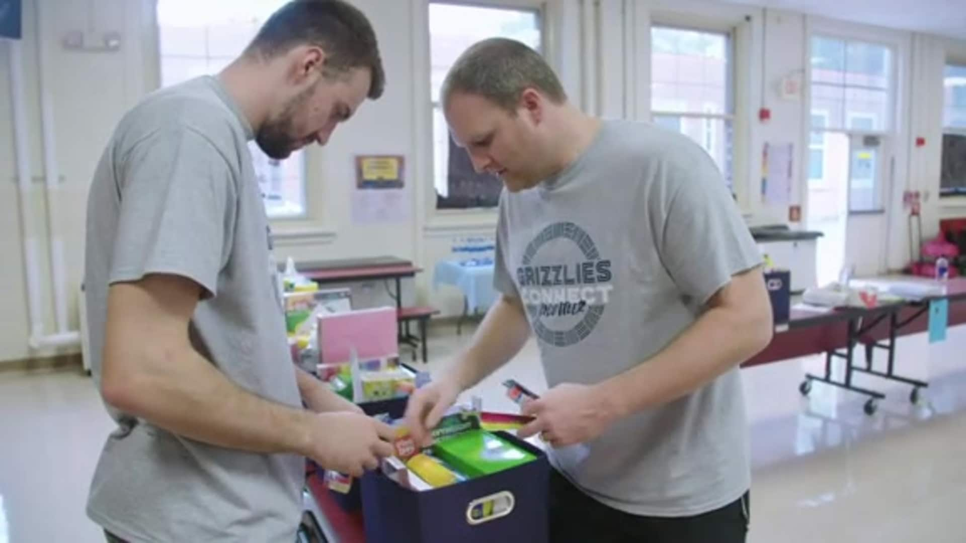 Entire Grizzlies roster and staff volunteer at Bethel Grove for 'Grizzlies CONNECT Day of Service'