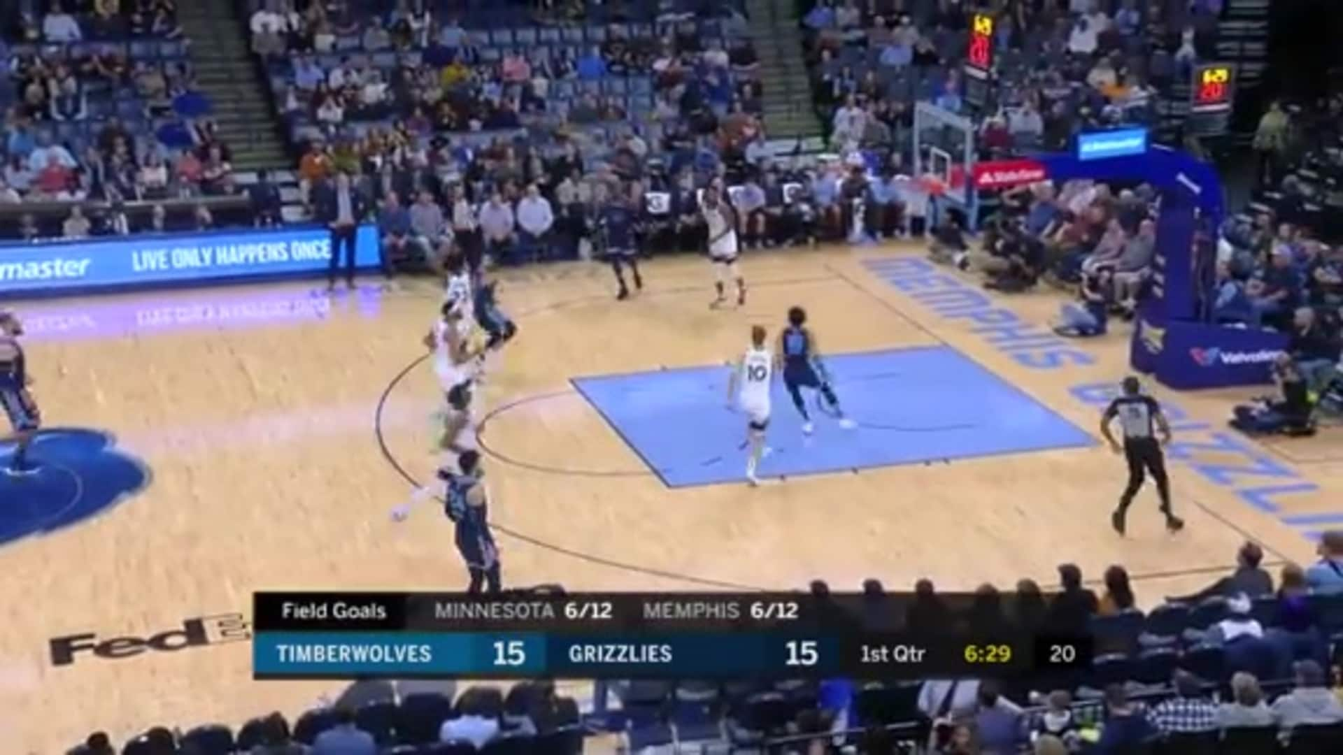 Tyus Jones and Brandon Clarke connect from downtown