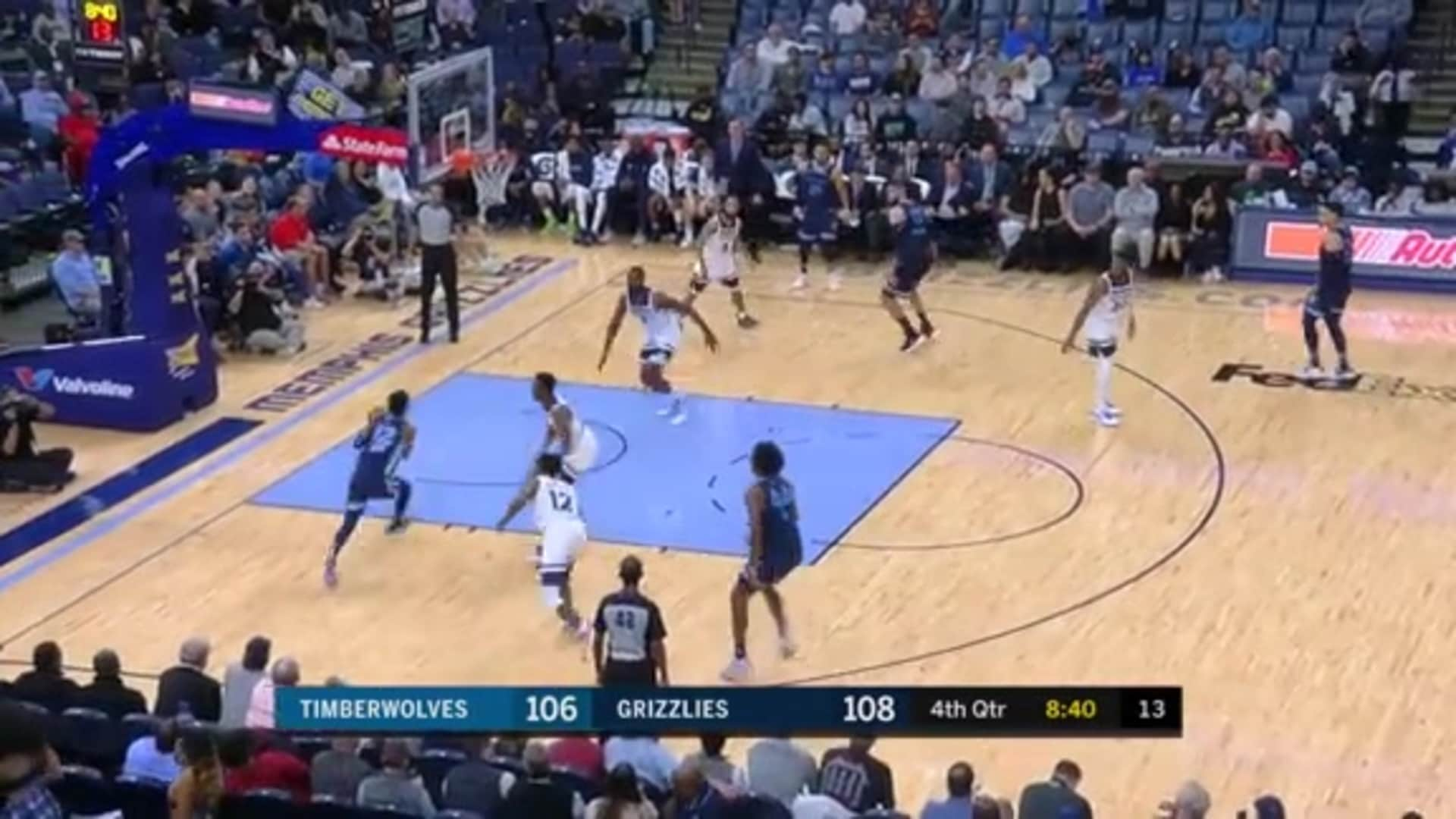 Ja Morant finds open space for the dunk