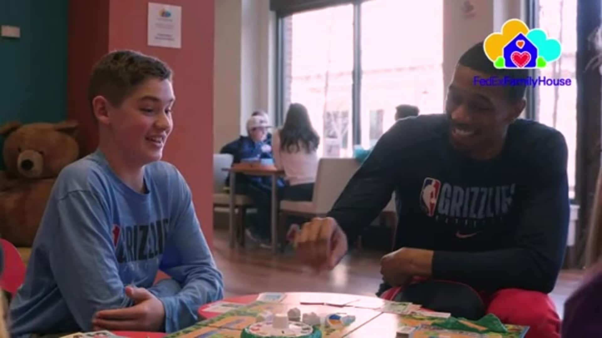Grizzlies participate in MLK Day of Service at the FedExFamilyHouse