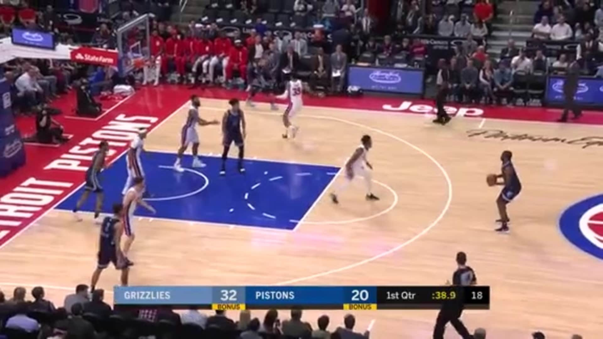 Solomon Hill snipes it in from way outside