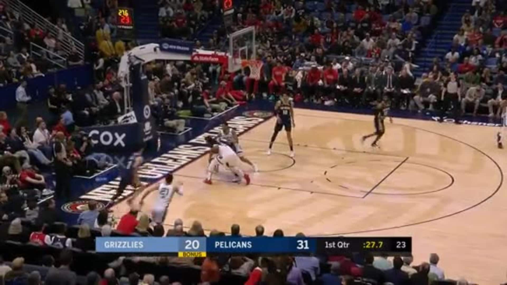 Josh Jackson scores his first points from the field