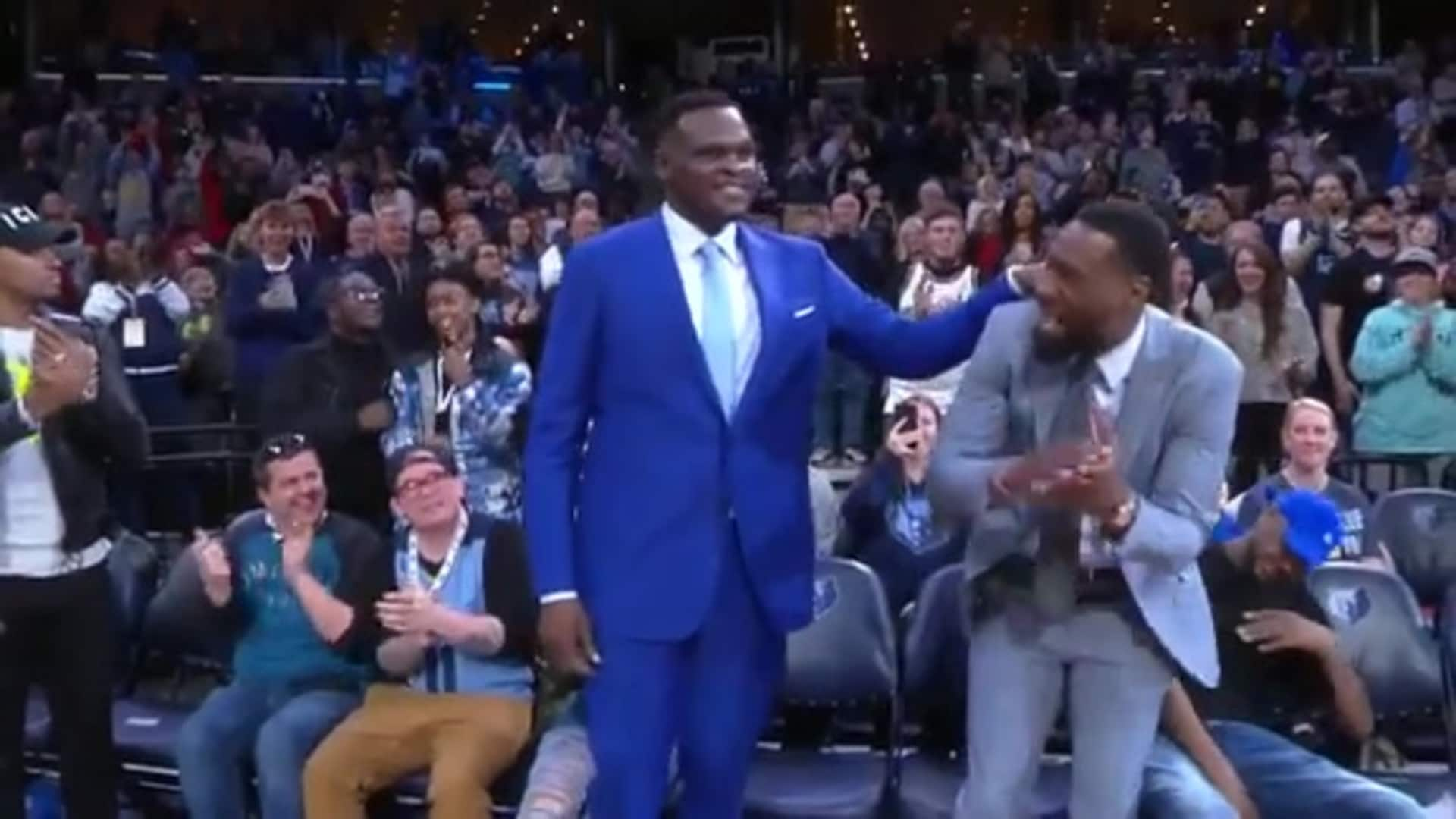 Z-Bo receives standing ovation from crowd with Tony Allen
