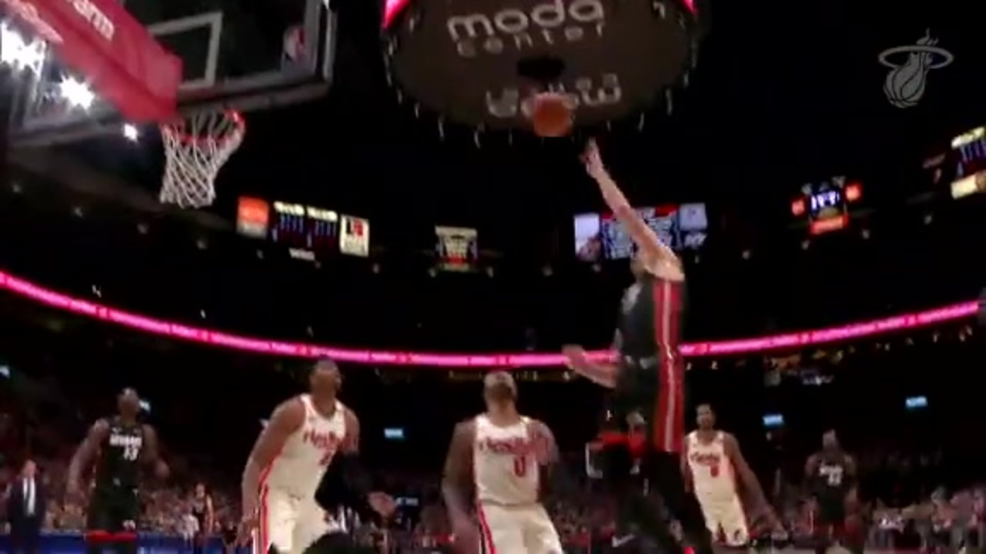 Dragic Drops 27 Off The Bench