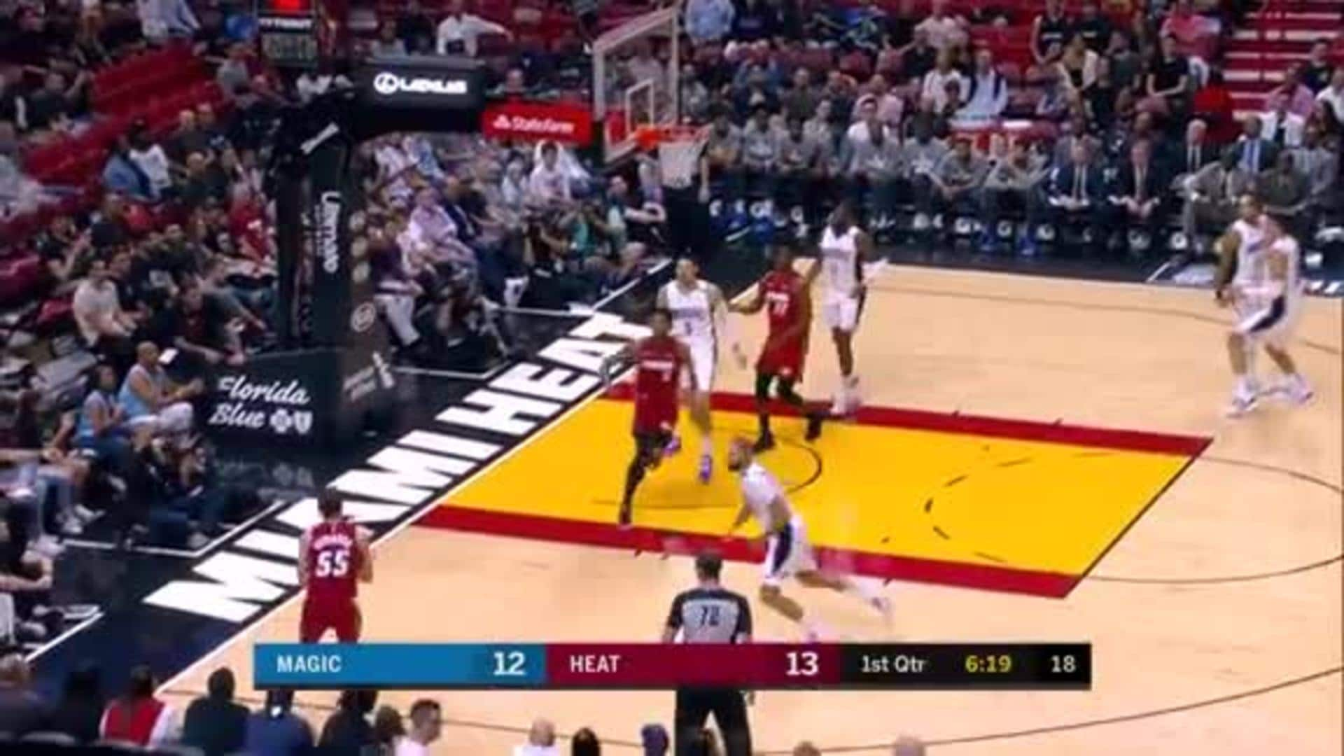 Robinson Hits 7 3's In The 1st Half