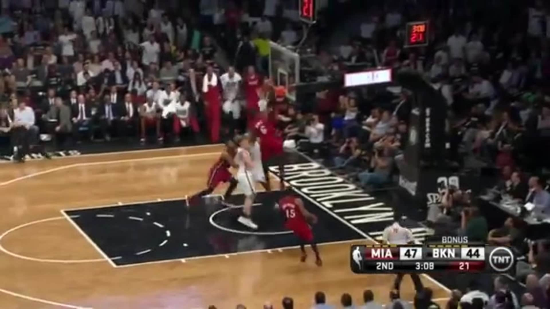 LeBron Throws Down The Tomahawk Jam