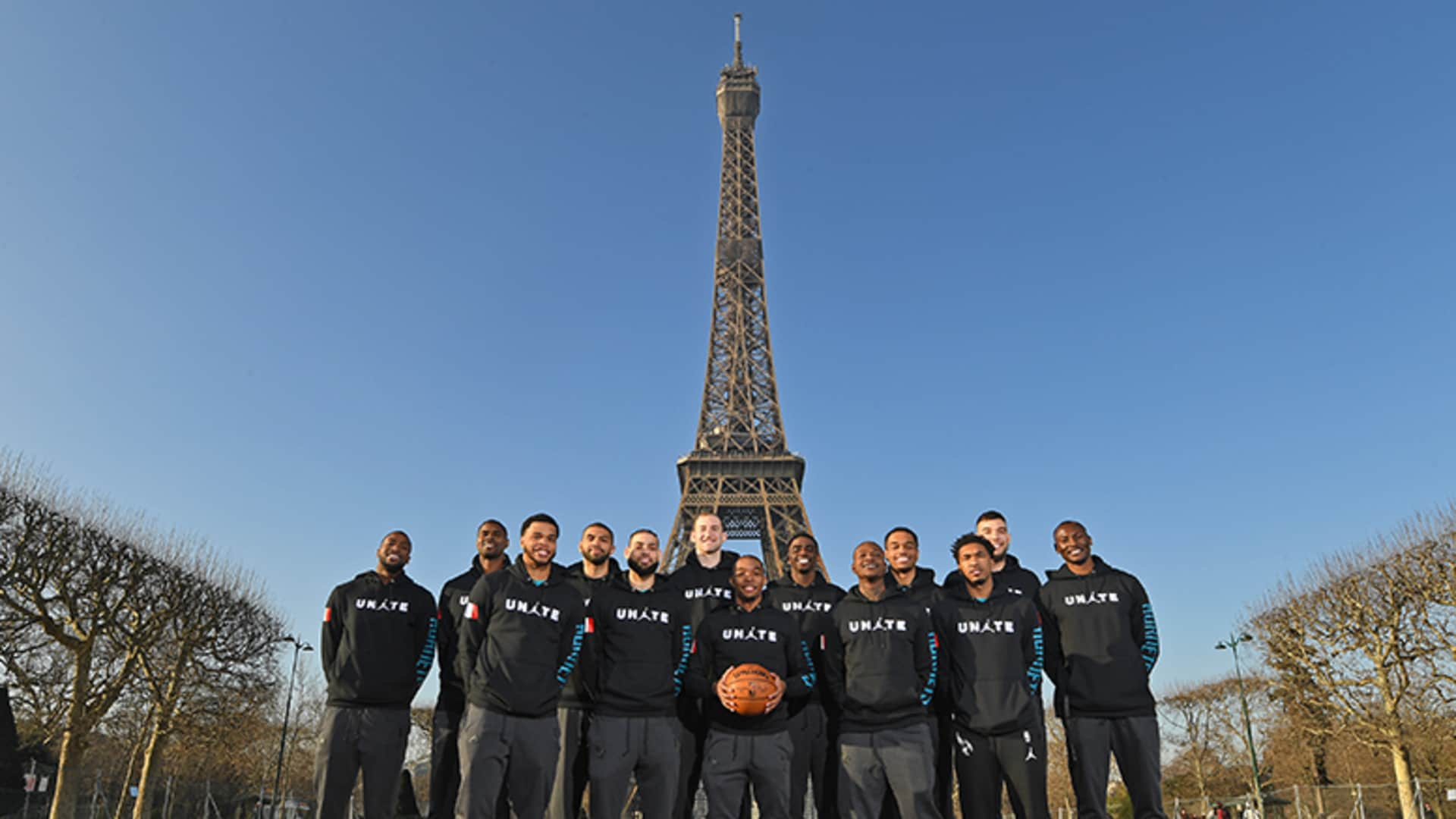 Hornets Have an Amazing Time in Paris