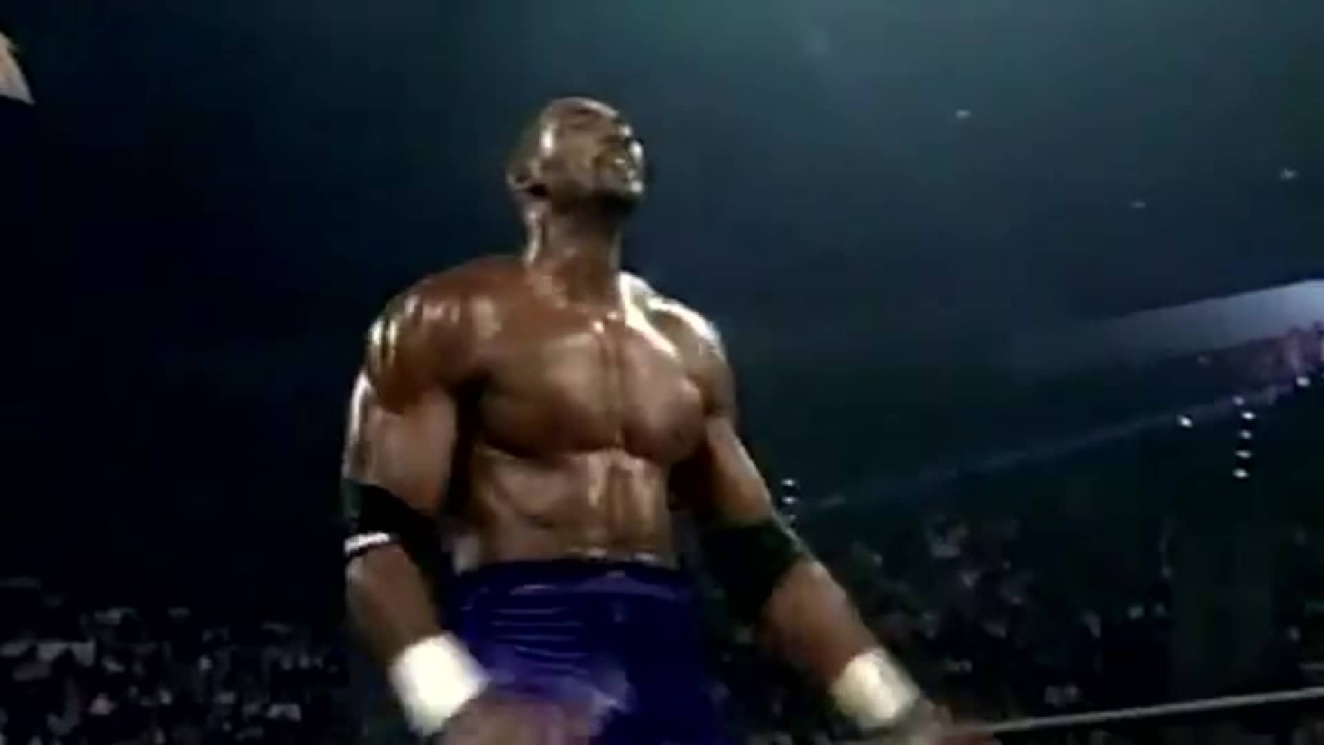 Karl Malone steps in the wrestling ring in 1998 - #TBT