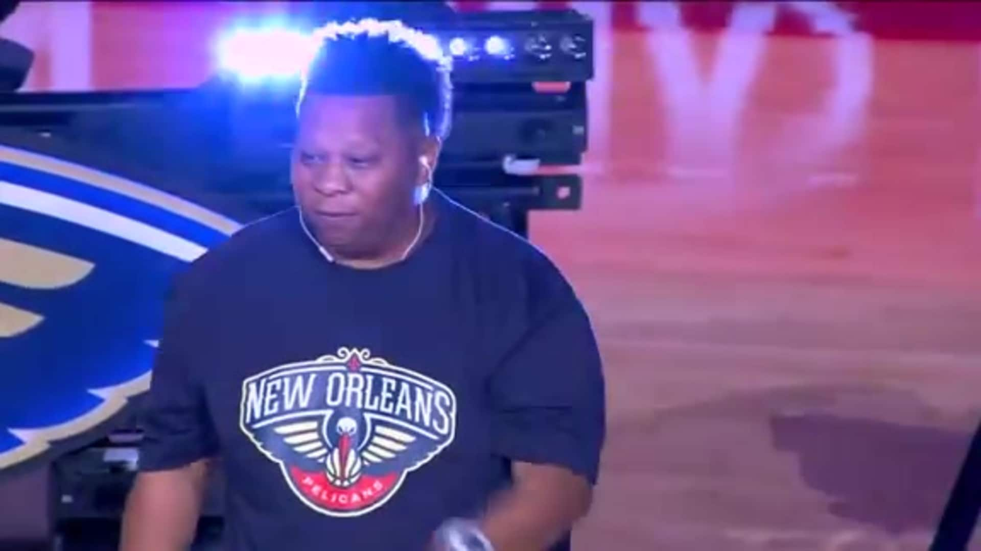 Pelicans Halftime: Mannie Fresh and 5th Ward Weebie - October 25, 2019 vs. Mavericks