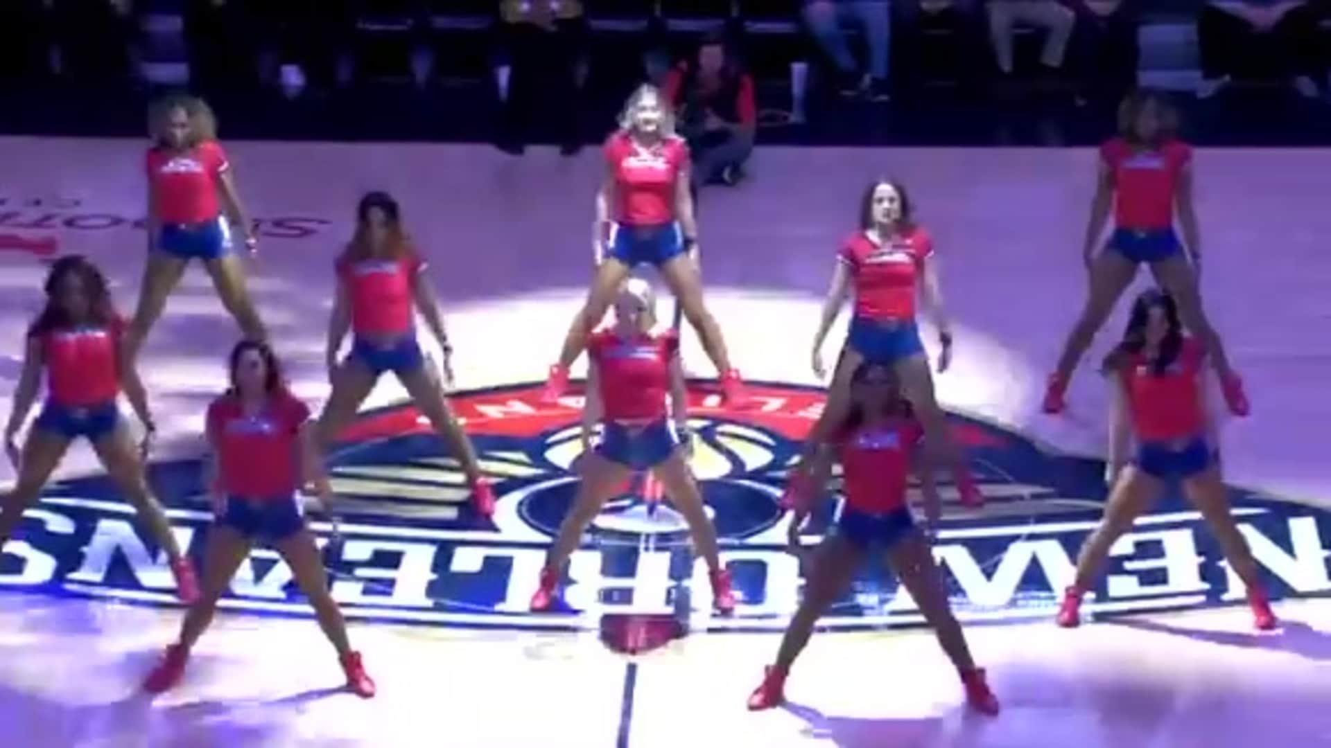 Entertainment: Pelicans Dance Team 3rd quarter performance - December 1 vs. Oklahoma City Thunder
