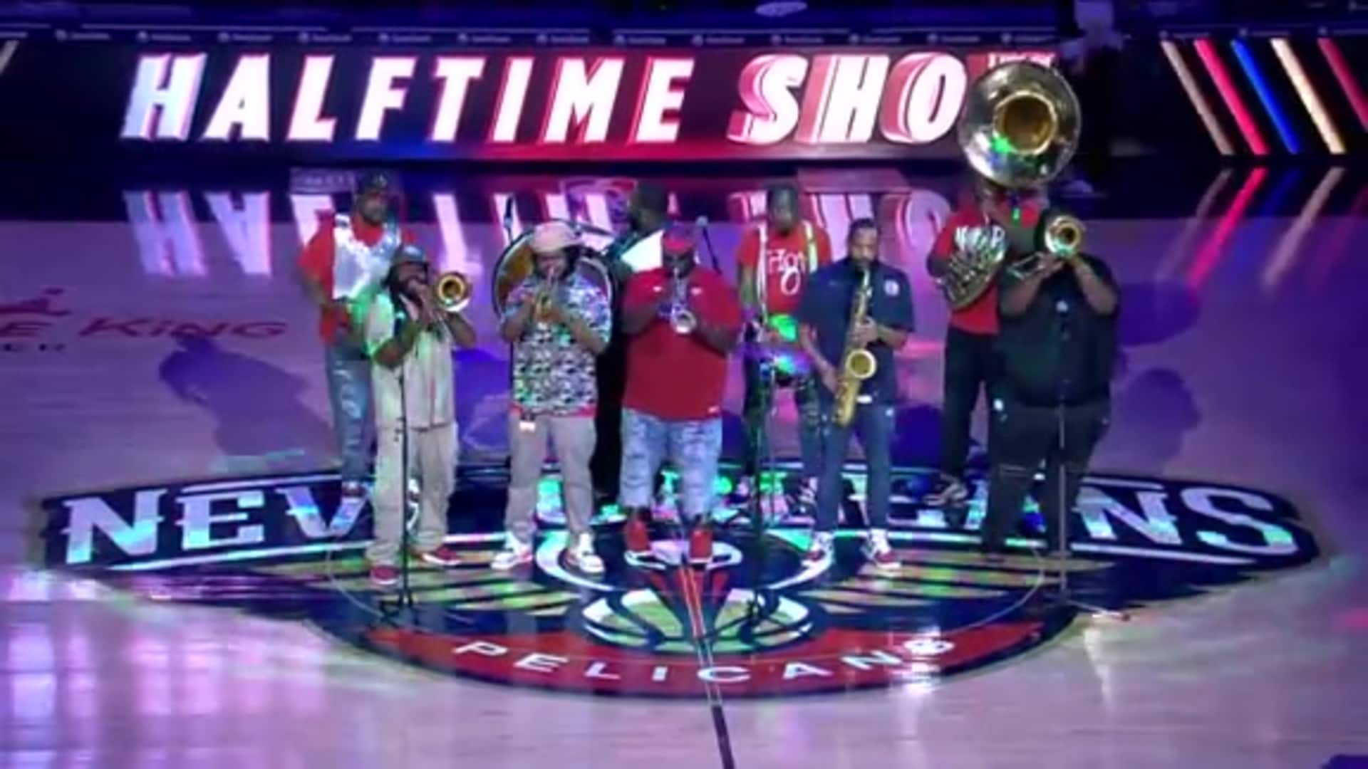 Pelicans Halftime: Hot 8 Brass Band - December 28, 2019 vs. Indiana Pacers