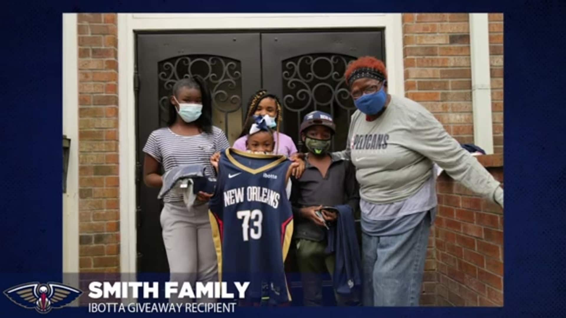 New Orleans Pelicans, Ibotta team up to provide five families with Thanksgiving meal, gifts