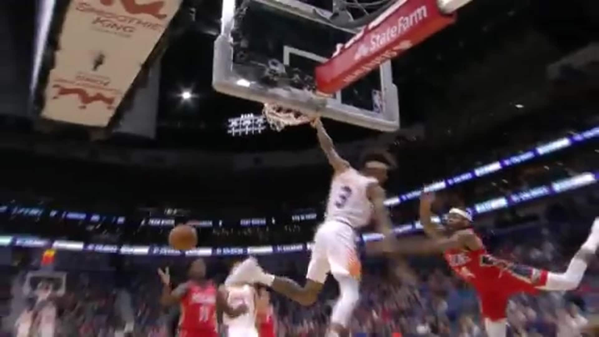 Oubre Hammers it Home