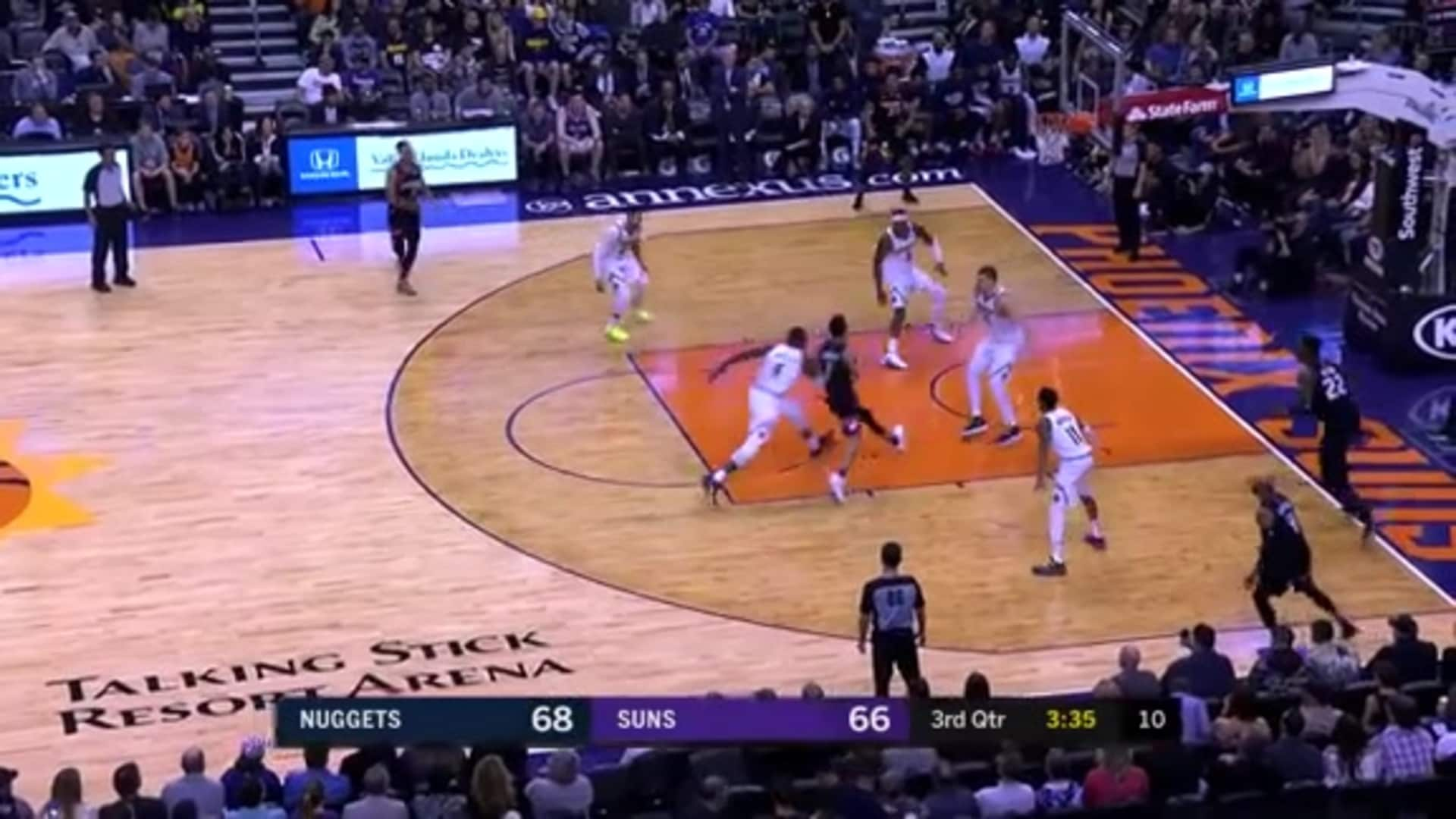 Booker No-Look Pass