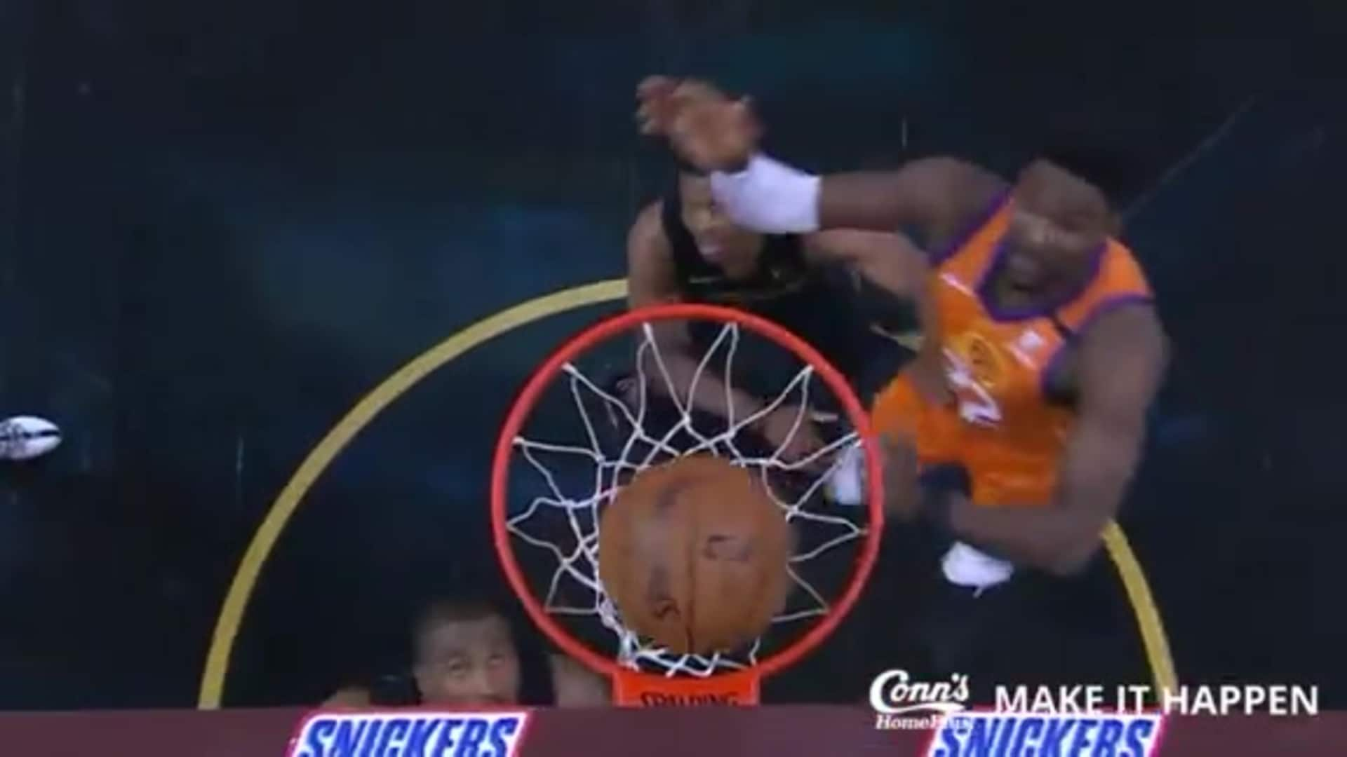 Conn's Make it Happen Play: Booker Cuts to the Basket