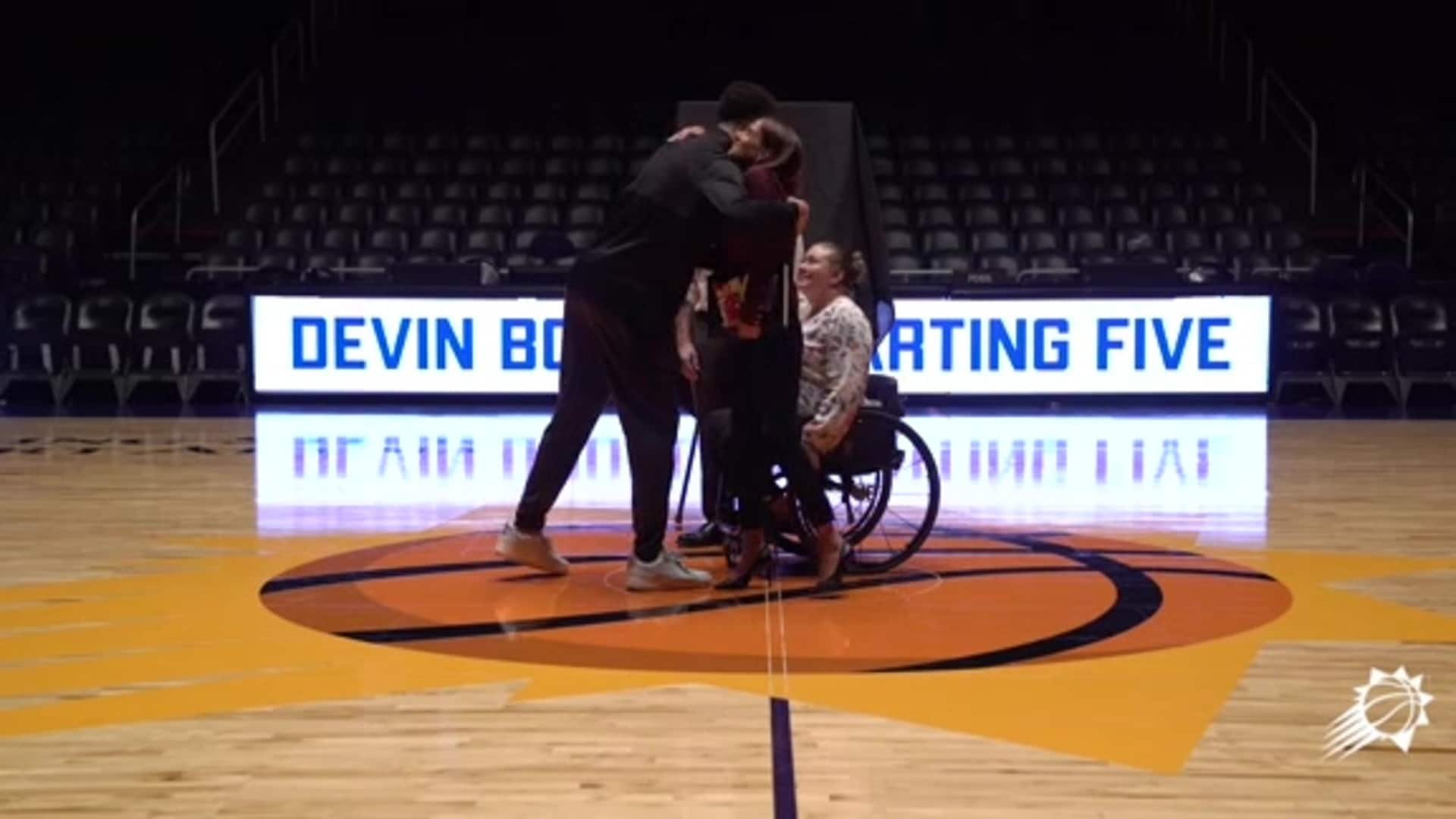"Booker Surprises 5 Local Non-Profits as First Recipients of the ""Devin Booker Starting Five"" Grants"