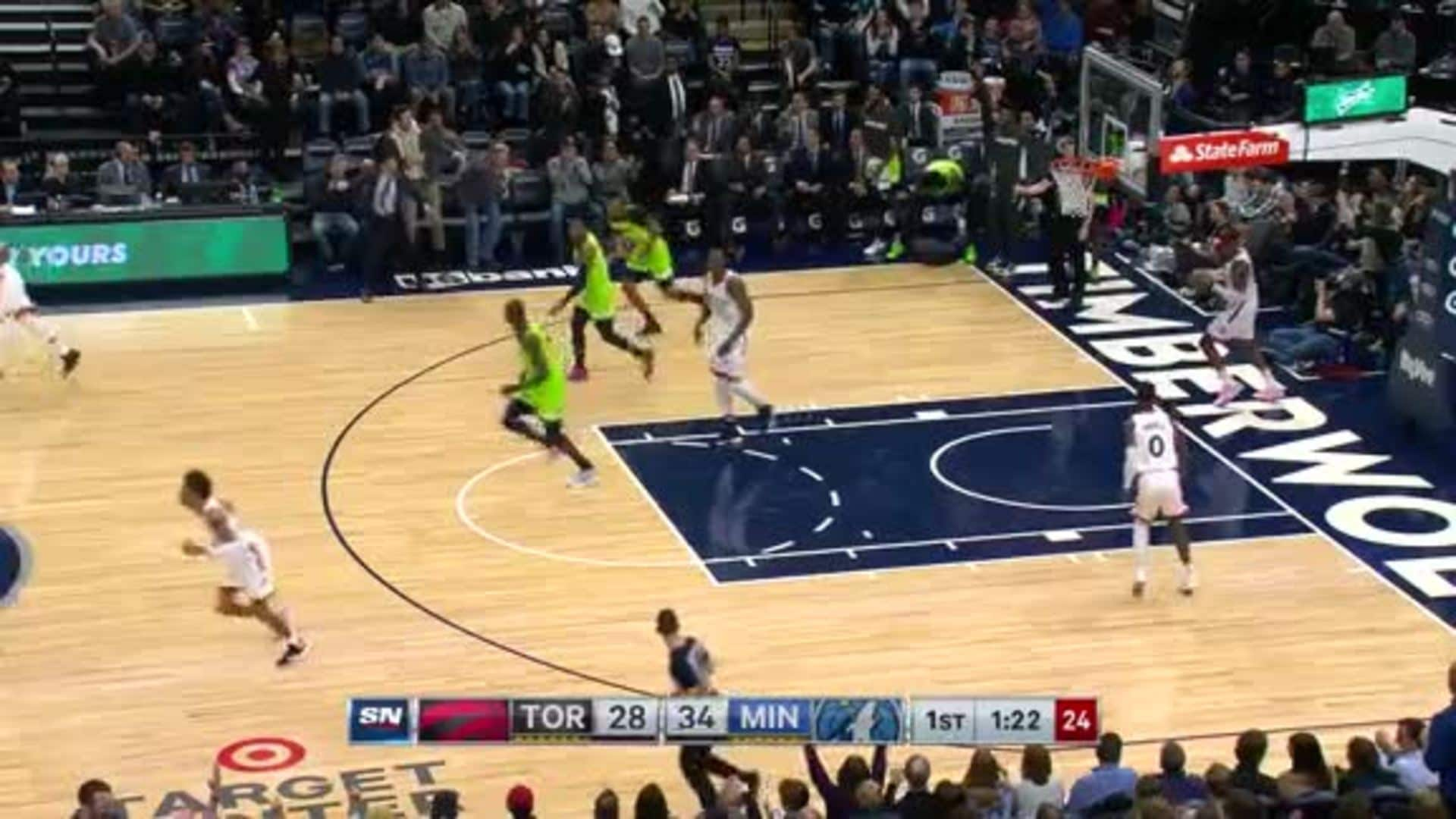 Culver Drains His Fourth 3-Pointer Of The First Quarter
