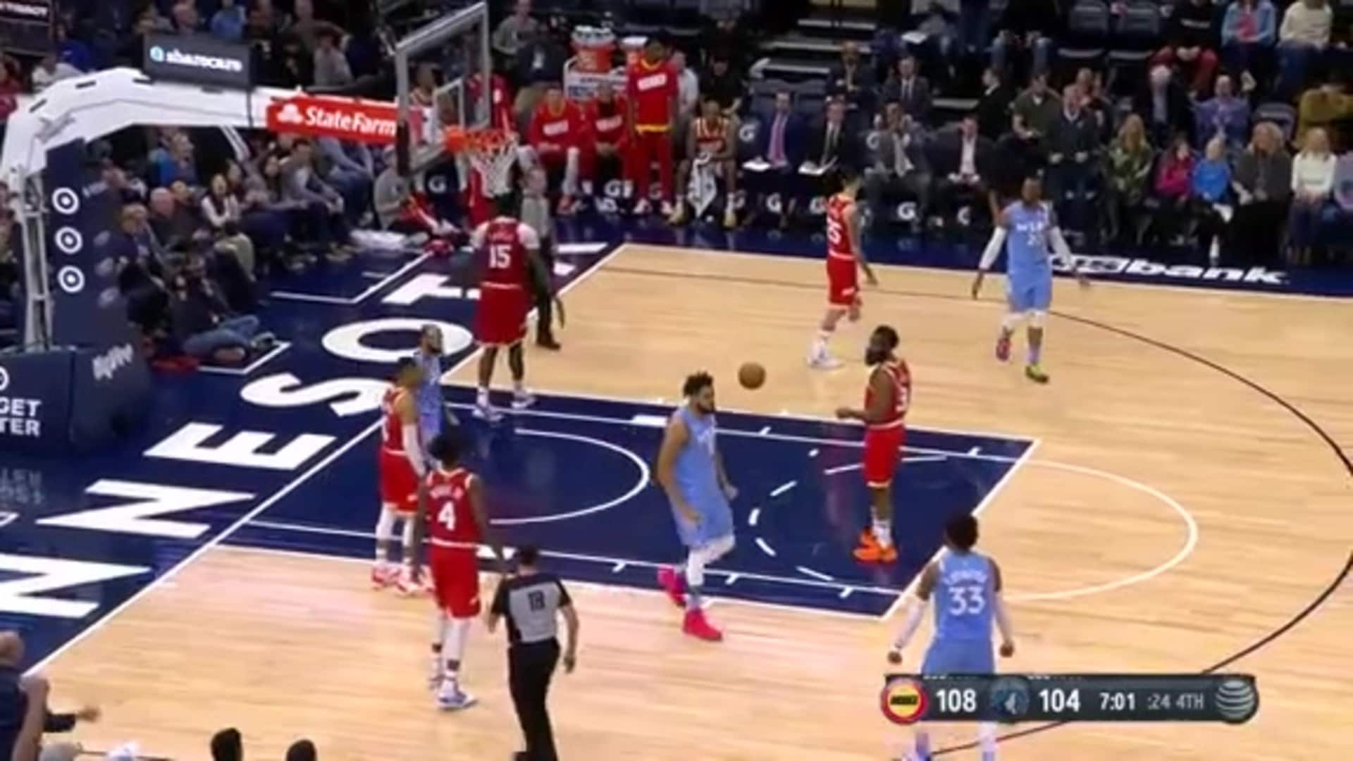 J-Mac Finds KAT For The Alley-Oop