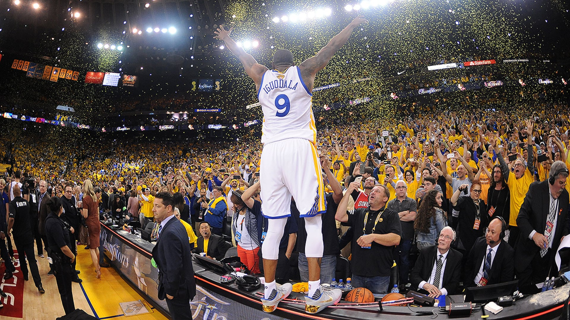 Welcoming Andre Iguodala on Warriors Ground