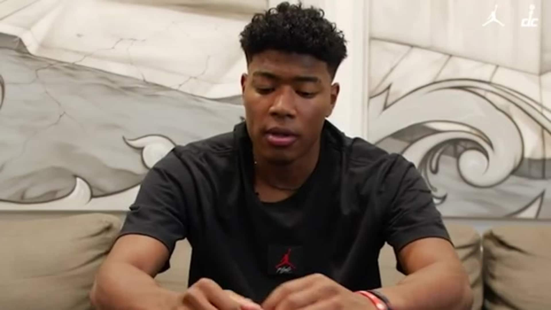 "Rui Hachimura unboxes his ""Warrior"" Air Jordan XXXV PE shoe"