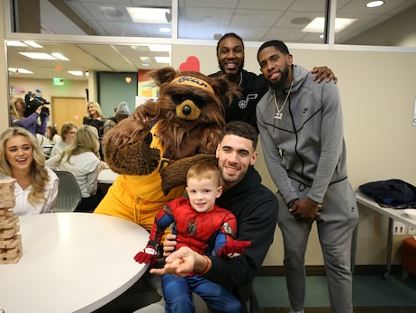 Gallery: The Utah Jazz visit patients at Primary Children's Hospital