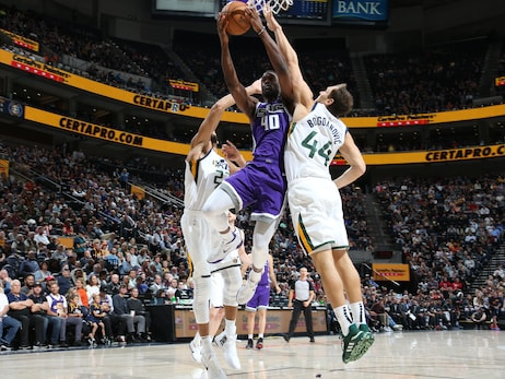 The Roundup—Jazz's defense remains a work in progress in 128-115 preseason loss to Sacramento