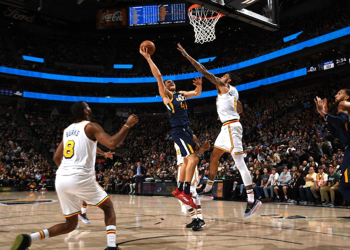 Bojan Bogdanovic ties Utah Jazz record with eight 3-pointers in win over Golden State