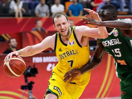 FIBA World Cup: Ingles' near triple-double leads Australia to victory; Mitchell and Team USA survive overtime scare
