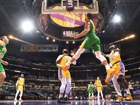 With Rudy Gobert back in the lineup, the Utah Jazz took care of the Lakers