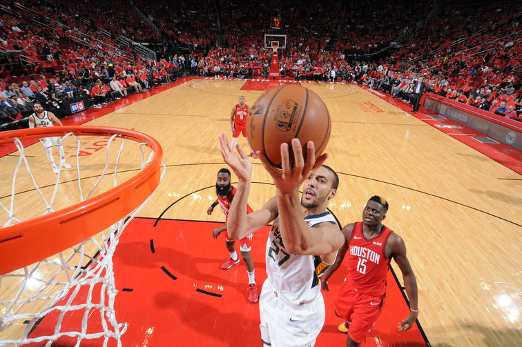 The Houston Rockets crushed the Utah Jazz