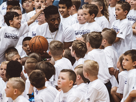 Donovan Mitchell holds camp for 300 kids in Utah
