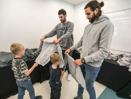 Hoops for Troops and a turkey dinner: Jazz players embrace opportunities to serve in the community