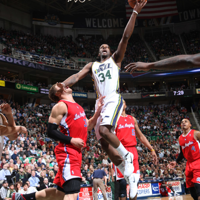 Jazz 108, Clippers 79
