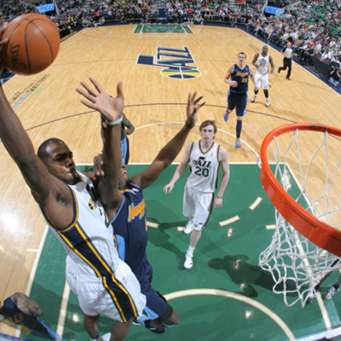 Jazz 121, Nuggets 102