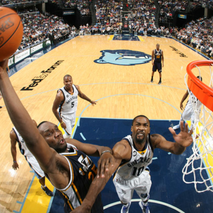 Jazz 98, Grizzlies 103