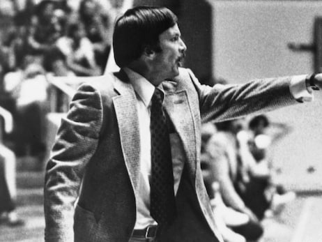 Tom Nissalke, the first head coach of the Utah Jazz, dies at the age of 87