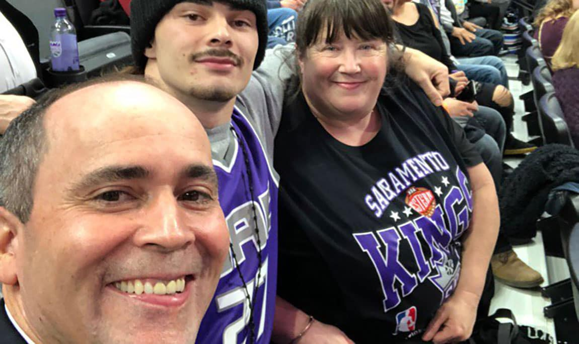 Kings President Using Twitter to Give Back to Fans