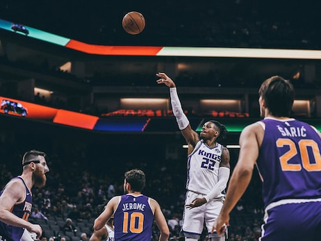 Holmes Feels Right at Home in Sacramento