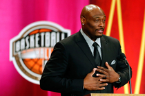 Gallery: Naismith Memorial Basketball Hall of Fame Enshrinement Ceremony