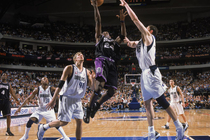 Kings Classics Gallery: 2002 Kings at Mavericks Game 4