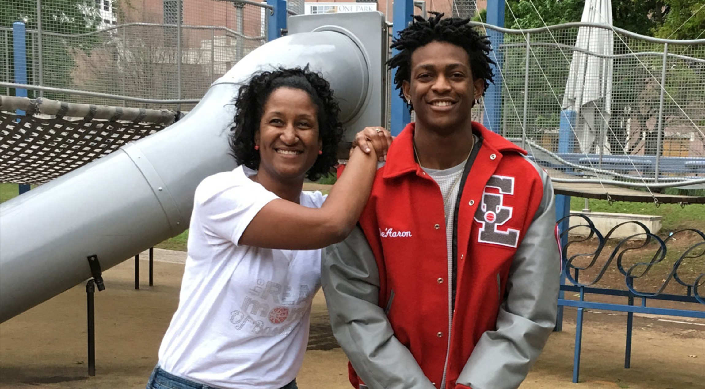 De Aaron Fox To Host Mother S Day Weekend Jr Kings Youth