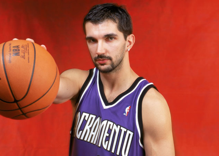 ¿Cuánto mide Peja Stojakovic? - Altura - Real height Pejablog_website